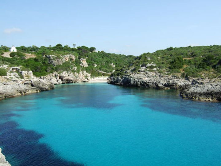 fishingtripmenorca.co.uk boat tours to Cala Binidali in Minorca