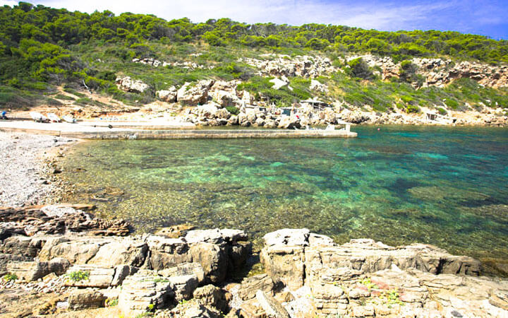 fishingtripmenorca.co.uk boat tours to Cales Fontanelles in Minorca